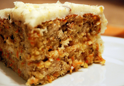 Carrot Cake with Cream Cheese Icing, or: Adult Cake
